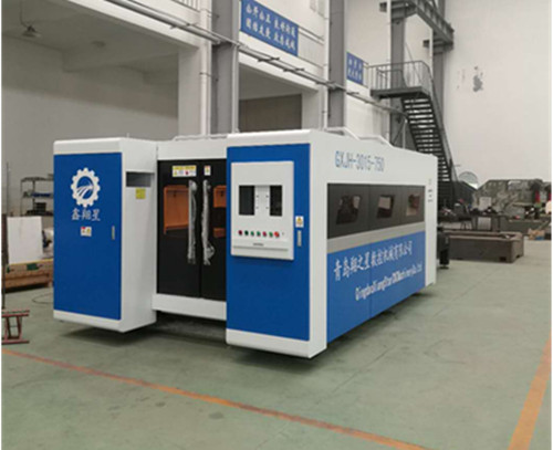 Closed Type Series Fiber laser cutting machine with exchange worktable