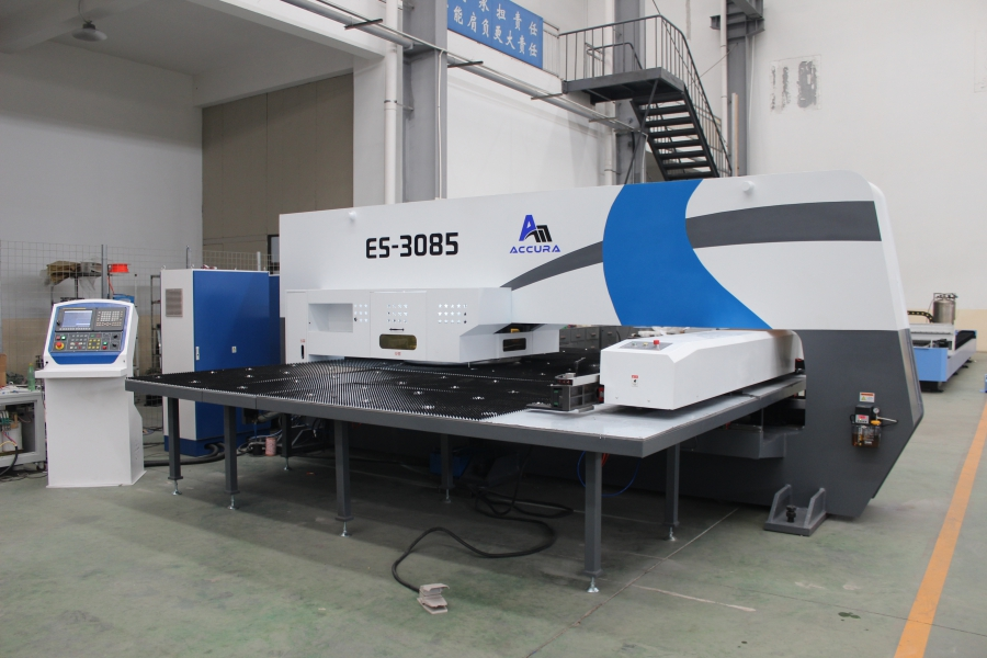 SXOS series closed type servo type CNC turret punching machine